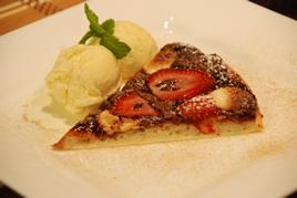 Episode 84 - Nutella, Strawberry and Ice-Cream Pizza